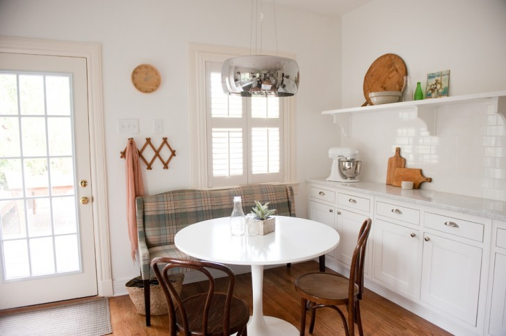 Kitchen , Breathtaking  Traditional Used Kitchen Table And Chairs For Sale Image Ideas : Gorgeous  Traditional Used Kitchen Table and Chairs for Sale Inspiration