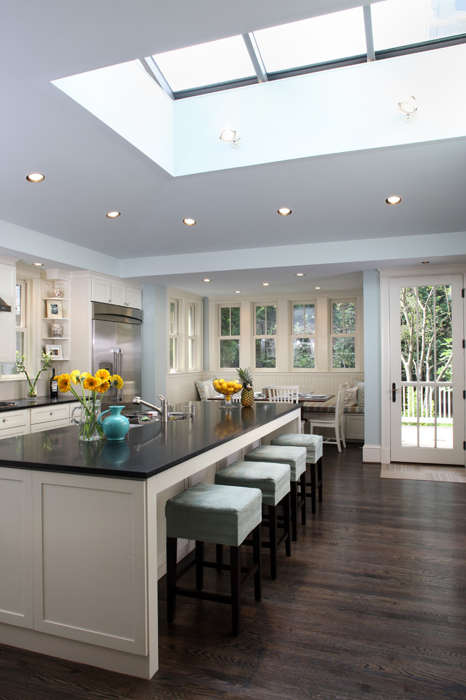 Kitchen , Awesome  Transitional Wood Cabinets For Kitchen Image Inspiration : Gorgeous  Transitional Wood Cabinets for Kitchen Photo Ideas