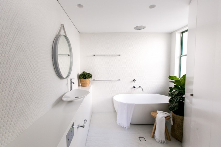 Bathroom , Beautiful  Contemporary Bathroom Makeovers For Small Bathrooms Image : Lovely  Contemporary Bathroom Makeovers for Small Bathrooms Image Ideas