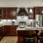 Lovely  Traditional Cherry Cabinets in Kitchen Image Ideas , Gorgeous  Traditional Cherry Cabinets In Kitchen Photo Inspirations In Kitchen Category