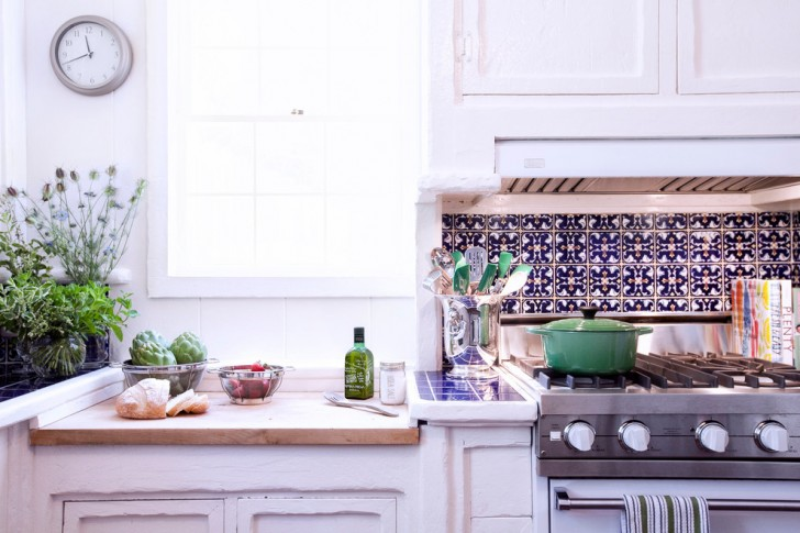 Kitchen , Stunning  Traditional Stock Cabinets Online Image : Lovely  Traditional Stock Cabinets Online Inspiration