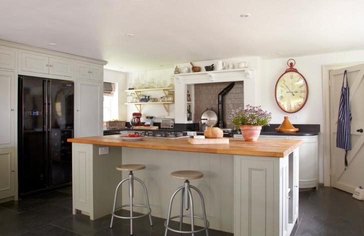Kitchen , Stunning  Farmhouse Oak Pantry Cabinets Kitchen Picture Ideas : Stunning  Farmhouse Oak Pantry Cabinets Kitchen Photo Ideas